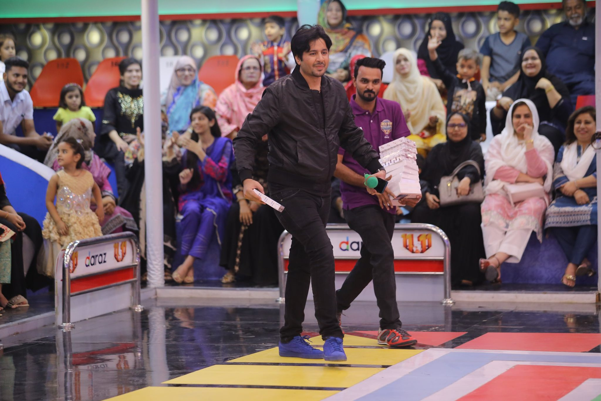 Famous Celebrities Spotted at Jeeto Pakistan Gyara Gyara 11-11 Special Show (3)