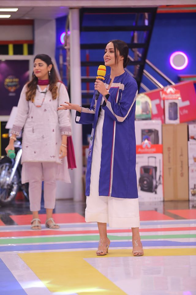 Famous Celebrities Spotted at Jeeto Pakistan Gyara Gyara 11-11 Special Show (7)
