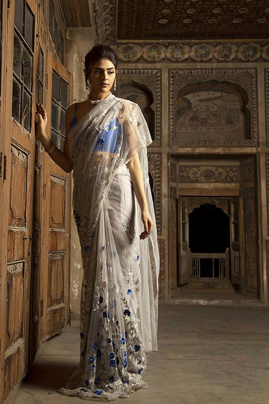 Glamorous Winter Formals Collection 2019-20 By Natasha Kamal (13)