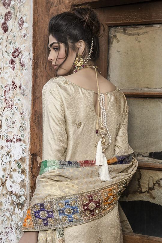 Glamoarous Winter Formals Collection 2019-20 By Natasha Kamal (2)