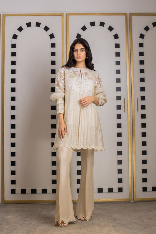 INARA Winter Luxury Collection 2019-20 By Sania Maskatiya (3)