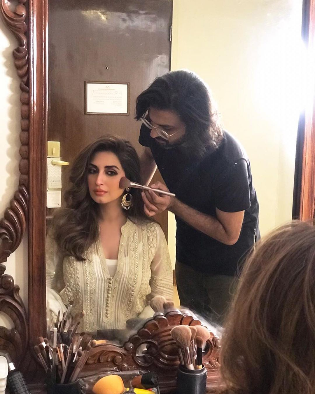 Iman Ali Famous Pakistani Actress Pictures with her Husband (4)
