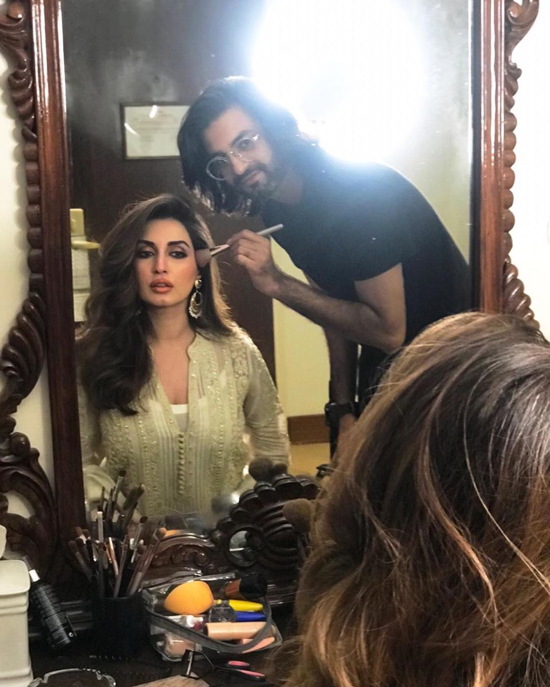 Iman Ali Famous Pakistani Actress Pictures with her Husband (5)