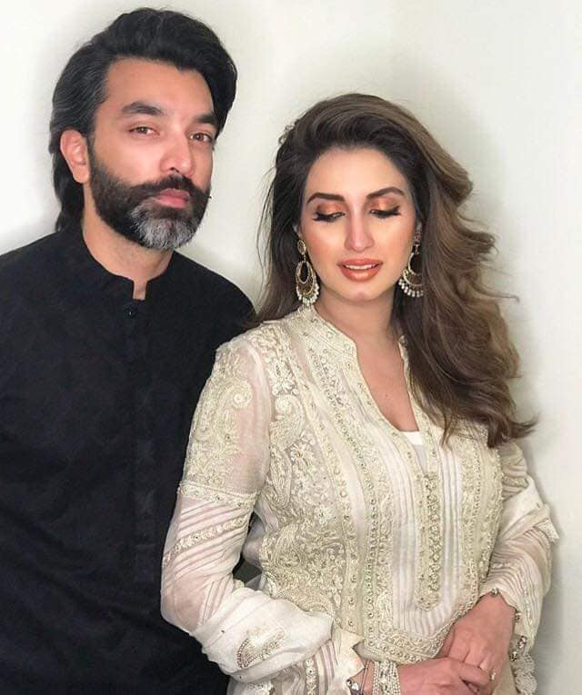 Iman Ali Famous Pakistani Actress Pictures with her Husband (6)