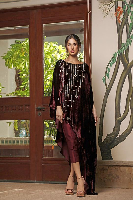La Amour Winter Wear Collection 2019-20 By Rozina Munib (14)