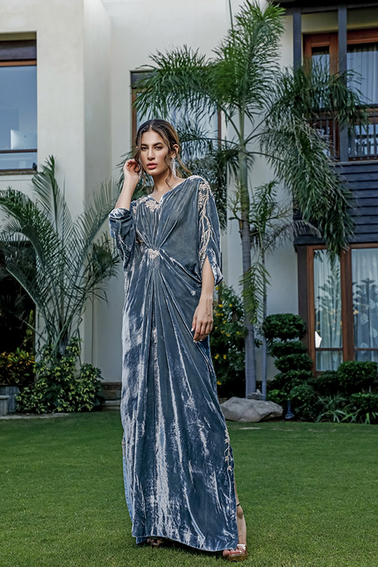 La Amour Winter Wear Collection 2019-20 By Rozina Munib (28)