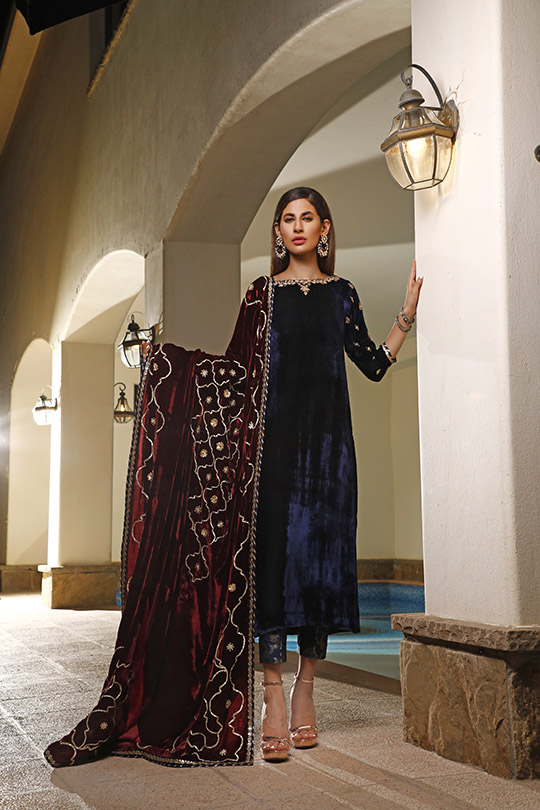 La Amour Winter Wear Collection 2019-20 By Rozina Munib (34)