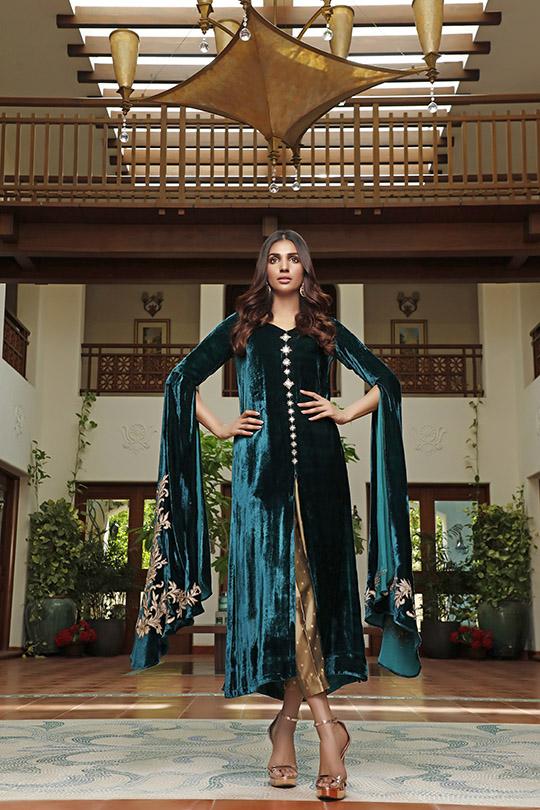 La Amour Winter Wear Collection 2019-20 By Rozina Munib (42)