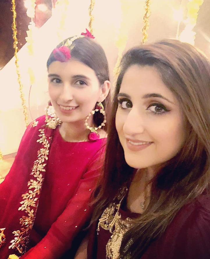 Sami Khan And His Wife Images at a Family Wedding (9)