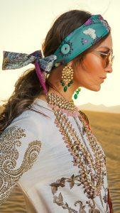 Sana Safinaz Winter Shawl Collection Looks 2019-20 (12)
