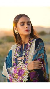 Sana Safinaz Winter Shawl Collection Looks 2019-20 (13)