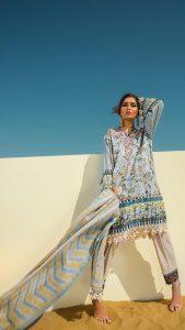 Sana Safinaz Winter Shawl Collection Looks 2019-20 (4)