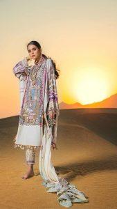 Sana Safinaz Winter Shawl Collection Looks 2019-20 (5)