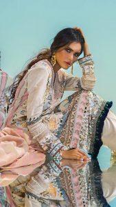 Sana Safinaz Winter Shawl Collection Looks 2019-20 (7)