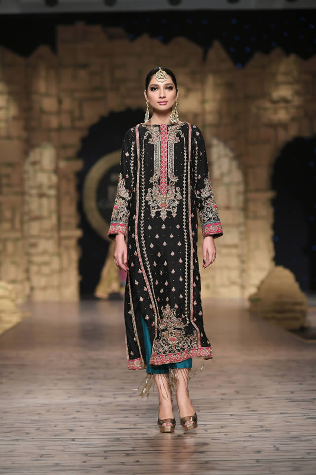 Bridal Ready to Wear Collection at PHBCW 2019-20 By House of Mehdi (14)