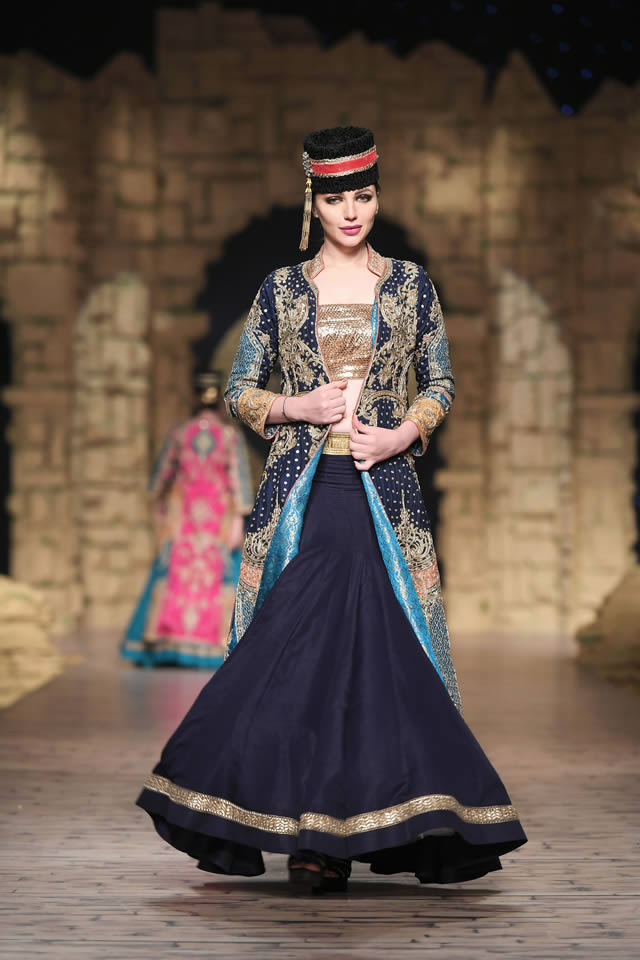 Bridal Ready to Wear Collection at PHBCW 2019-20 By House of Mehdi (18)