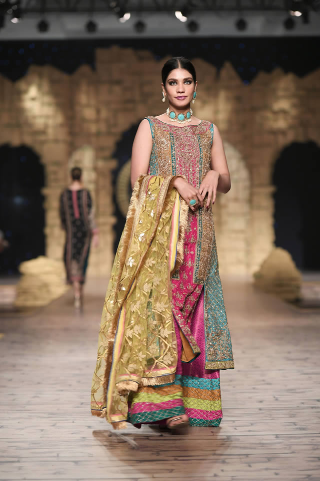 Bridal Ready to Wear Collection at PHBCW 2019-20 By House of Mehdi (20)
