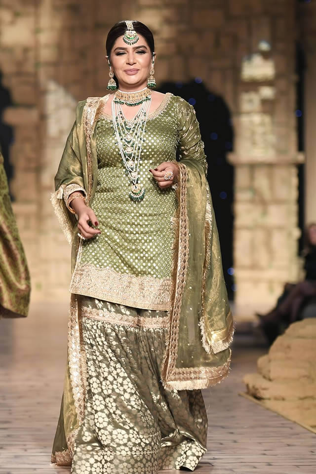Bridal Ready to Wear Collection at PHBCW 2019-20 By House of Mehdi (6)