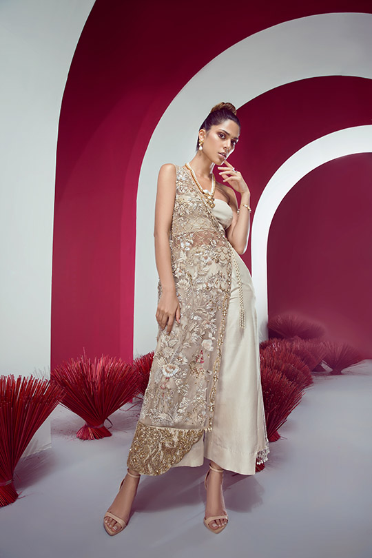 Fashion Forward Wedding Couture Collection By Shiza Hassan (12)