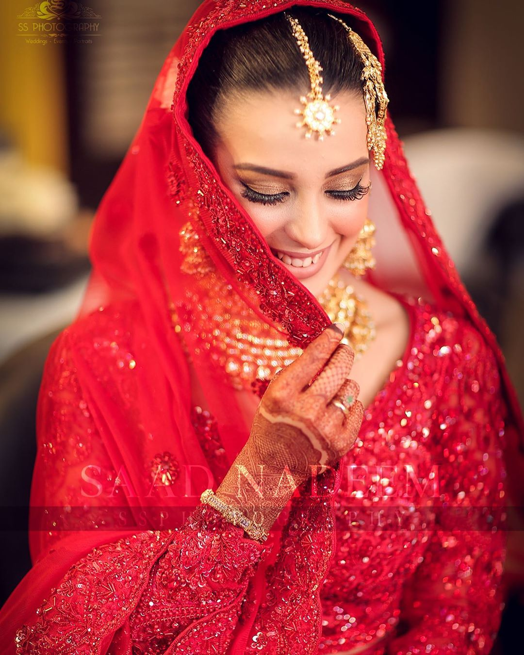 Iqra Aziz and Yasir Hussain Wedding Pictures (12)