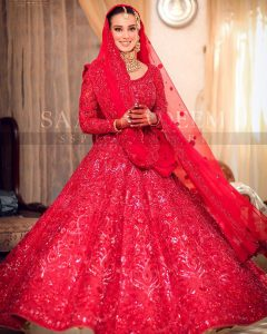 Iqra Aziz and Yasir Hussain Wedding Pictures (15)