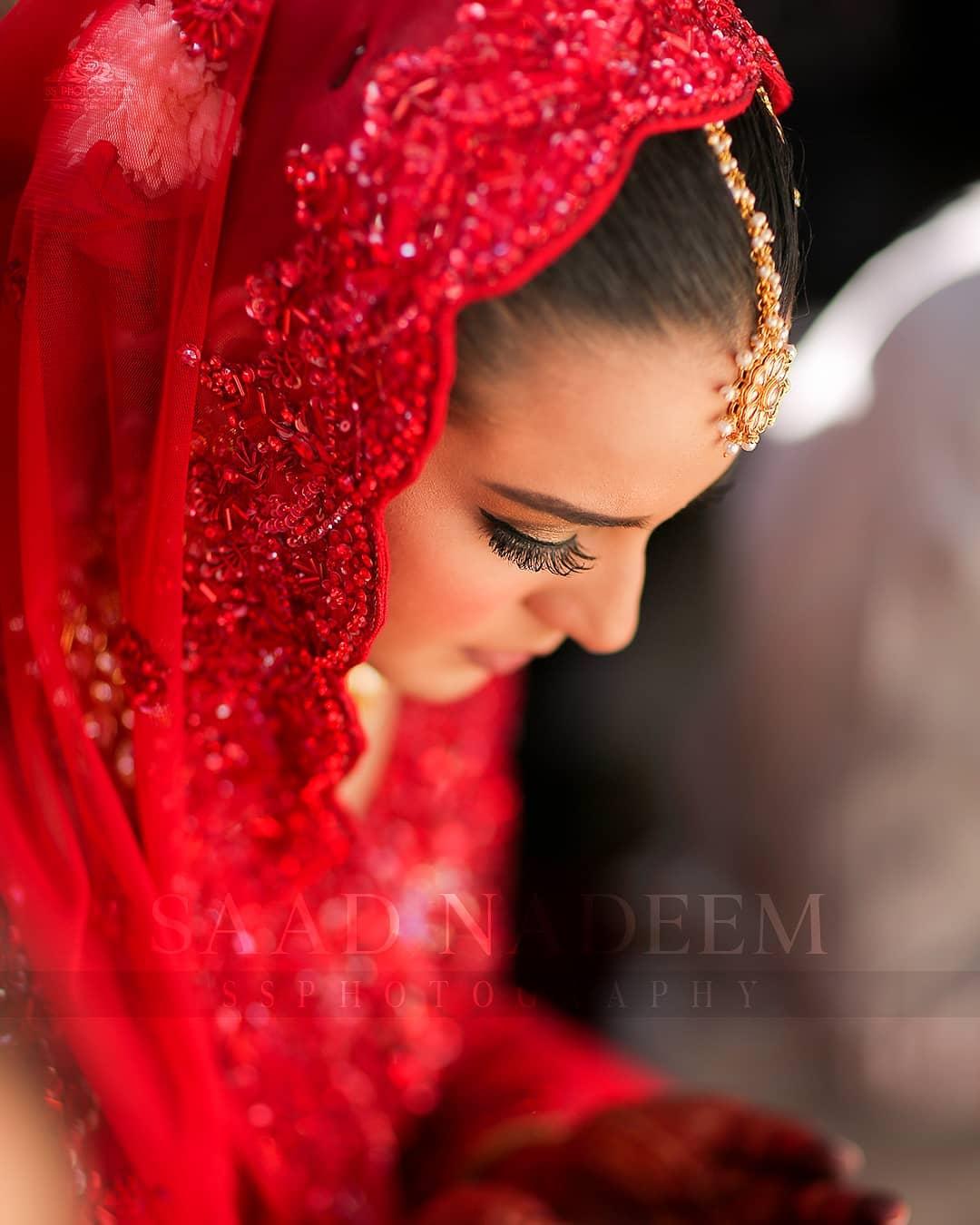 Iqra Aziz and Yasir Hussain Wedding Pictures (23)