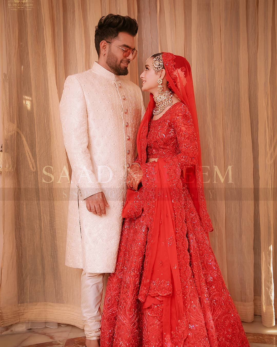 Iqra Aziz and Yasir Hussain Wedding Pictures (25)