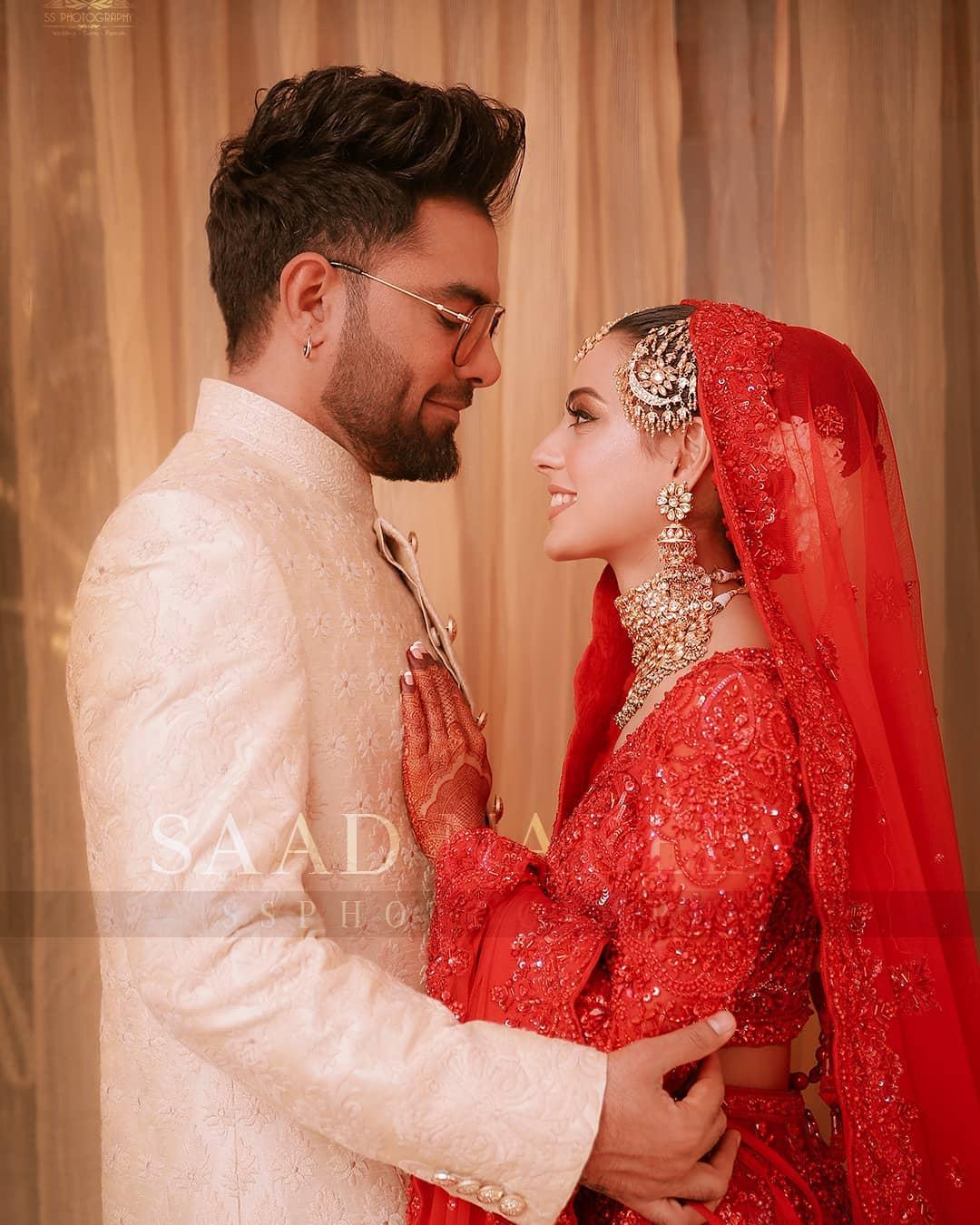 Iqra Aziz and Yasir Hussain Wedding Pictures (27)