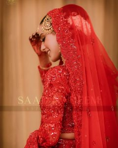 Iqra Aziz and Yasir Hussain Wedding Pictures (37)