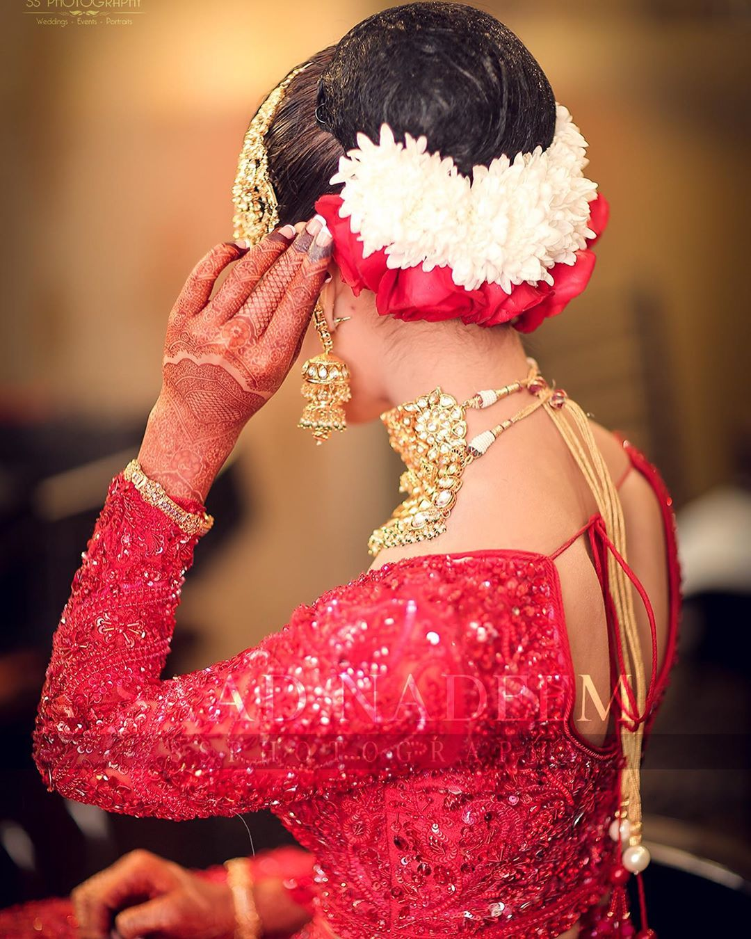 Iqra Aziz and Yasir Hussain Wedding Pictures (4)