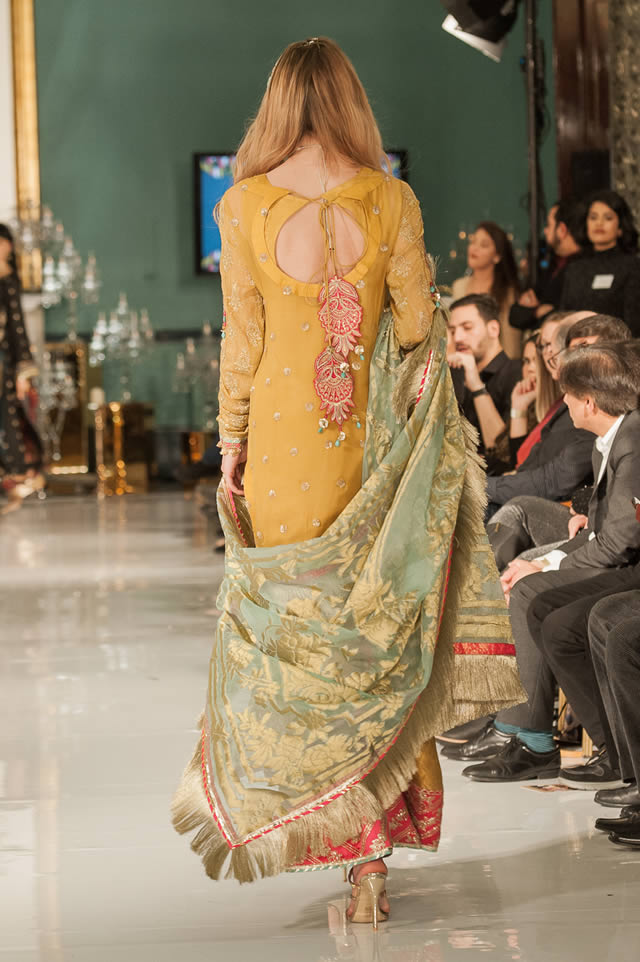 Noor Embroidered Winter Festive 2019-20 Collection at Lifestyle London By Saadia Asad (22)