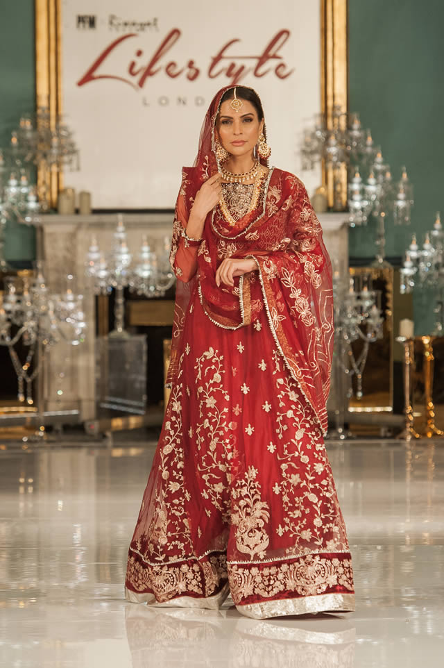 Noor Embroidered Winter Festive 2019-20 Collection at Lifestyle London By Saadia Asad (25)