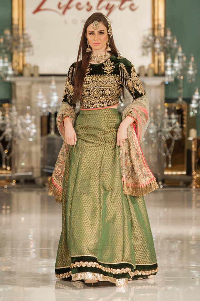 Noor Embroidered Winter Festive 2019-20 Collection at Lifestyle London By Saadia Asad (30)