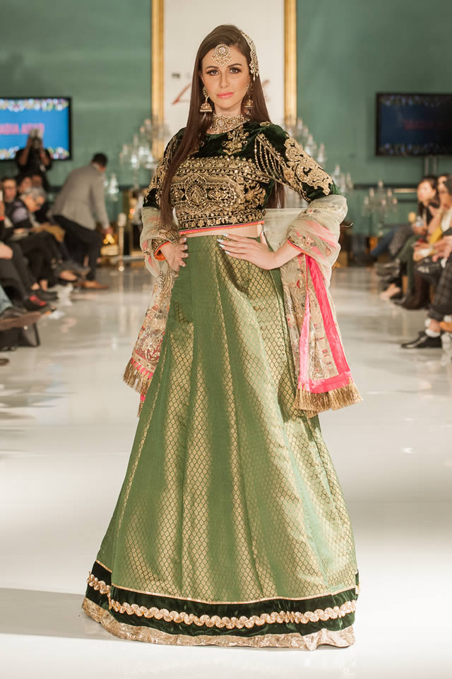 Noor Embroidered Winter Festive 2019-20 Collection at Lifestyle London By Saadia Asad (31)