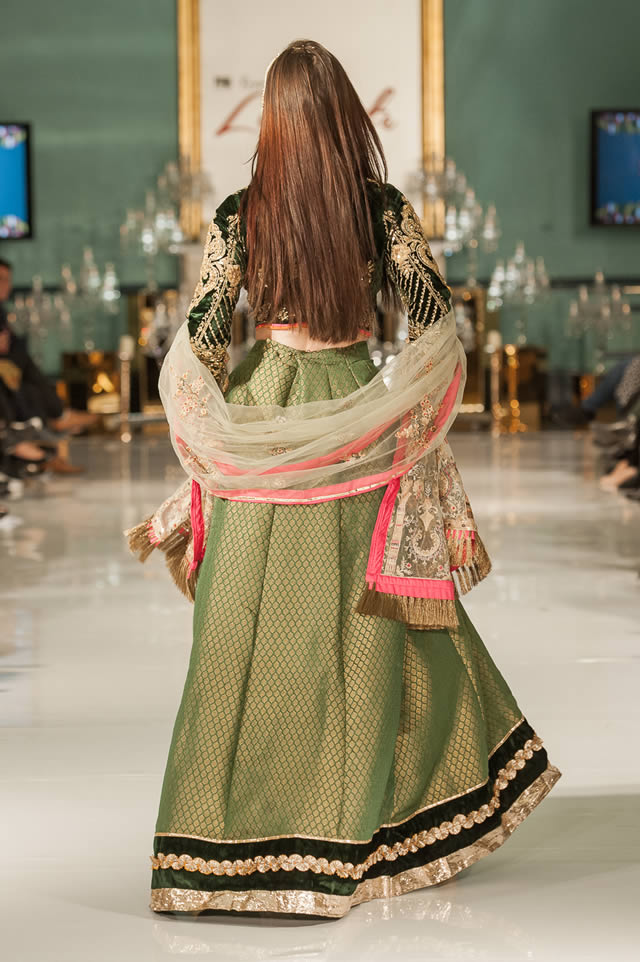 Noor Embroidered Winter Festive 2019-20 Collection at Lifestyle London By Saadia Asad (32)