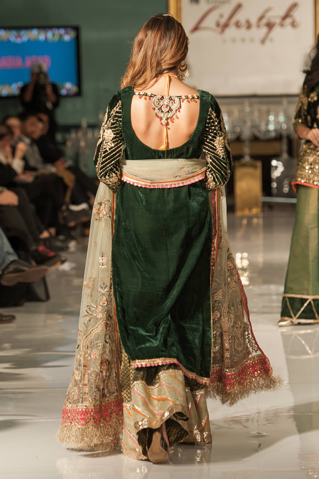 Noor Embroidered Winter Festive 2019-20 Collection at Lifestyle London By Saadia Asad (5)