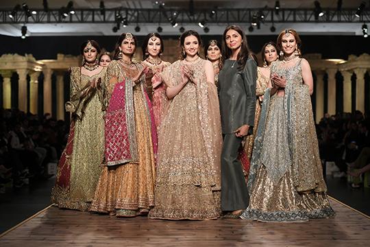 Shamsha Hashwani, Umsha By Uzma Babar and Anaya By Kiran Chaudhry Collections At PHBCW (31)