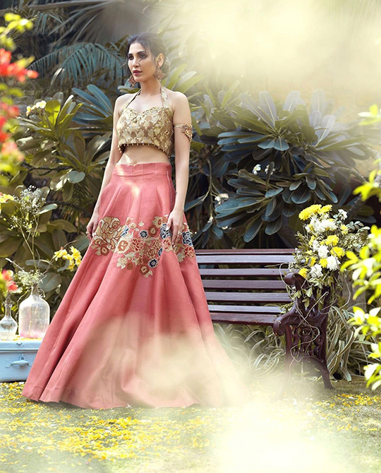 Umsha By Uzma Babar Nine latest Looks 2020 (5)