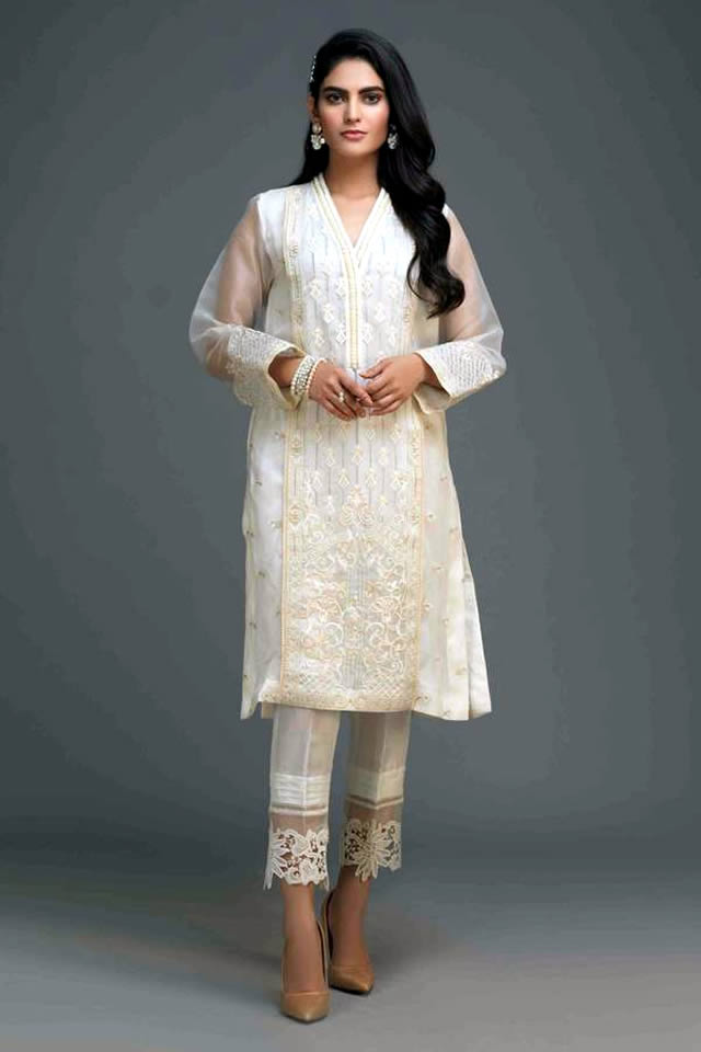 Zaaviay's All White Silk Organza Winter Collection 2019-20 (5)