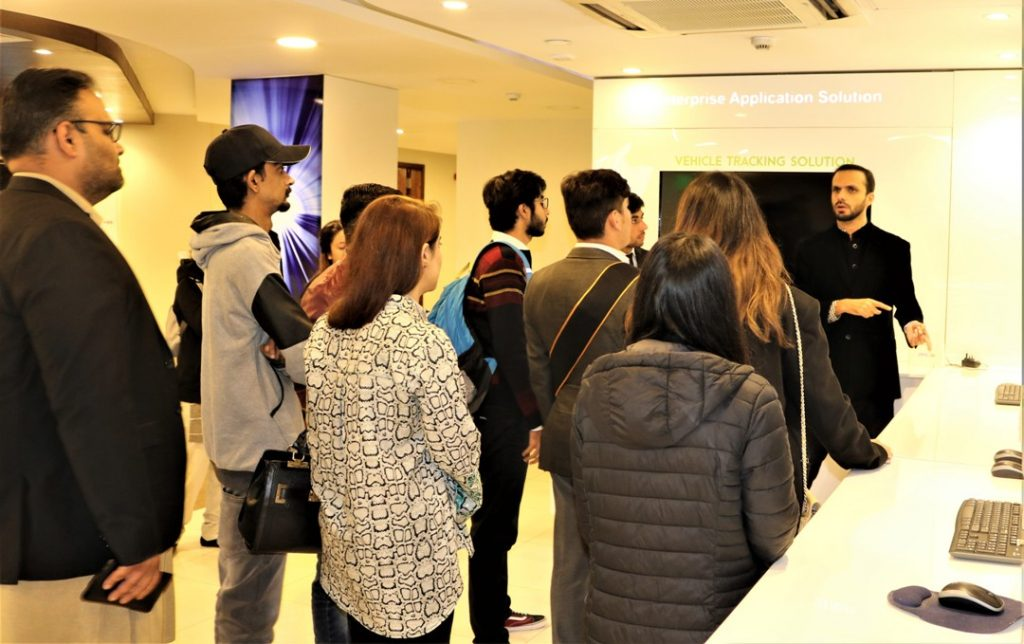 Zong 4G Educates TMUC Students on Their Visit to the Headquarters (3)
