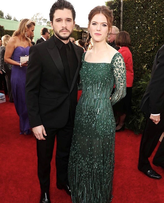 Golden Globe seems to set fire to the red carpet (11)