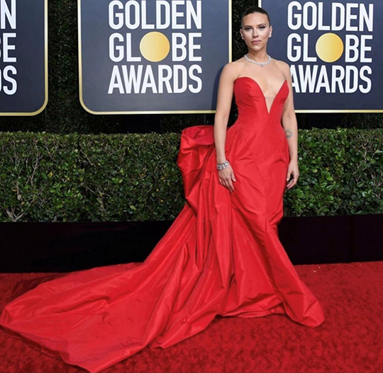 Golden Globe seems to set fire to the red carpet (4)