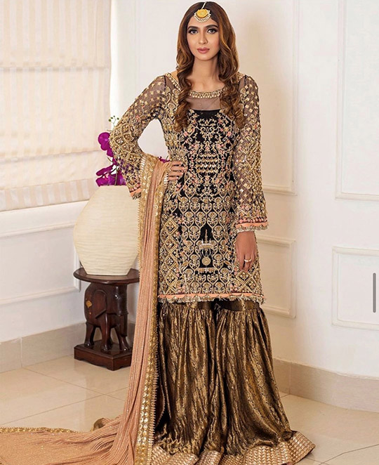 Six Bridal Trendy Formal Wear Designs 2020 By Shiza Hassan (4)