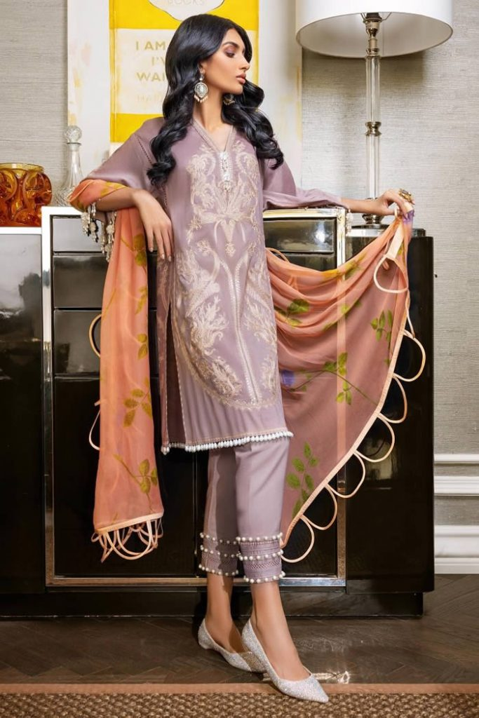 Spring Summer Lawn Collection 2020 By Sana Safinaz (8)