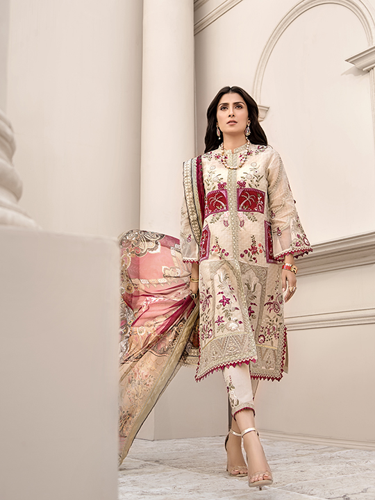 Noor Luxury Lawn Collection 2020 Looks By Saadia Asad (15)