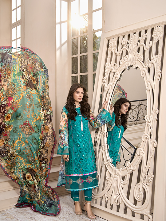 Noor Luxury Lawn Collection 2020 Looks By Saadia Asad (20)