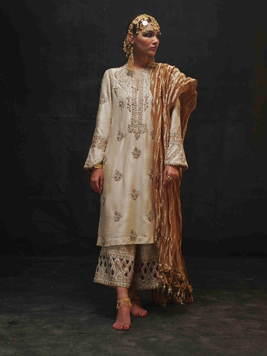Sanaii Bridal Wear Collection 2020 By Nida Azwer (2)