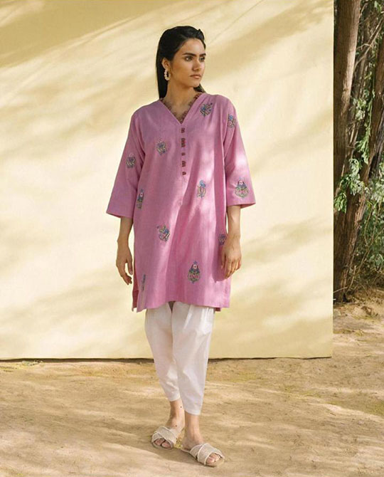 Womens Top 10 Summer Kurta Designs 2020 (3)
