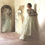 Bridal Couture Mughal Opulence With Modern Twist By Misha Lakhani (2)