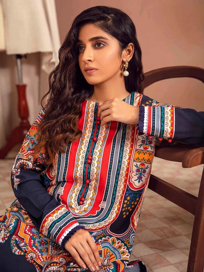Unstitched Winter Dresses Collection 2021-22 By Limelight (1)